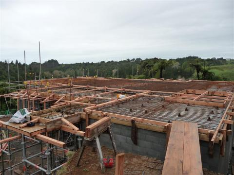 First storey floor slabs